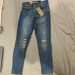 NWT Levi's Blue Spice Skinny jeans